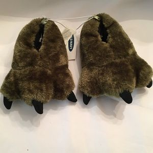 Old Navy Olive Green Paw Slippers Size XS-5-6